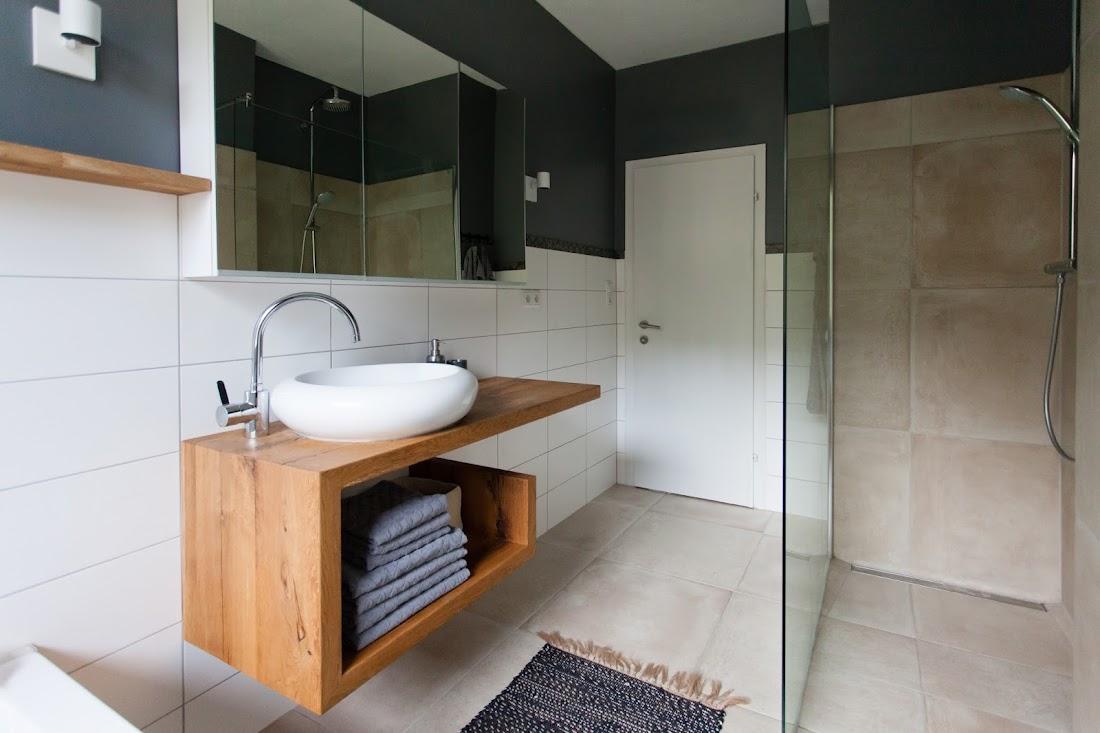 Vorher Nachher Ein neues Badezimmer unter 5000 Euro ...