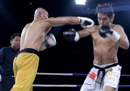 Momento de uno de los combates de Yi Long