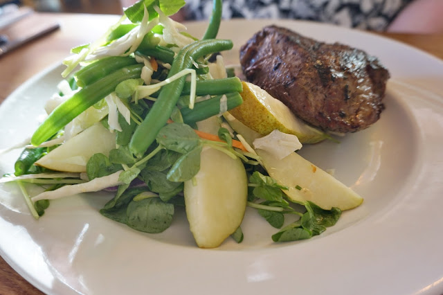 Beefeater York steak and pear salad