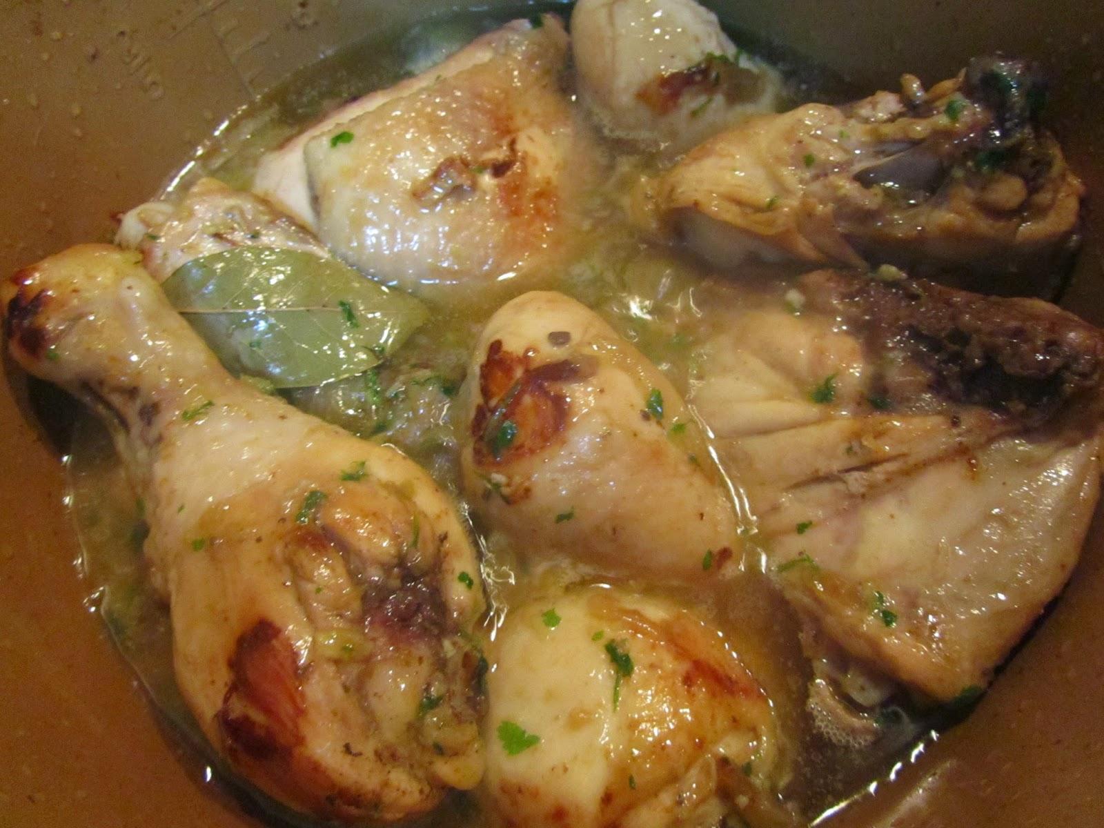 Pollo guisado de mamá