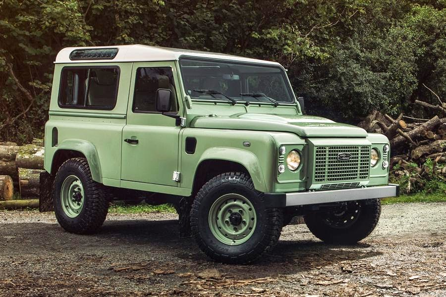 defender editions signal the end of production autoesque. Black Bedroom Furniture Sets. Home Design Ideas