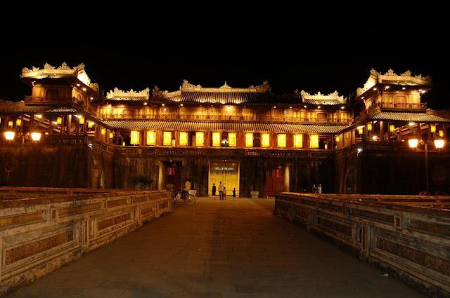 Hue Royal Citadel sparkling by night 1