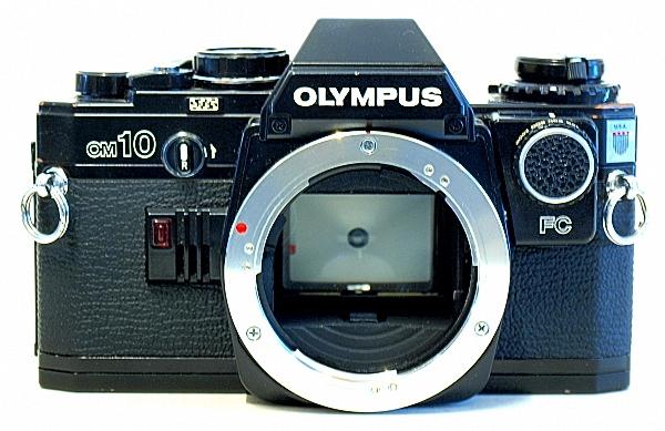 Olympus OM-10, Front