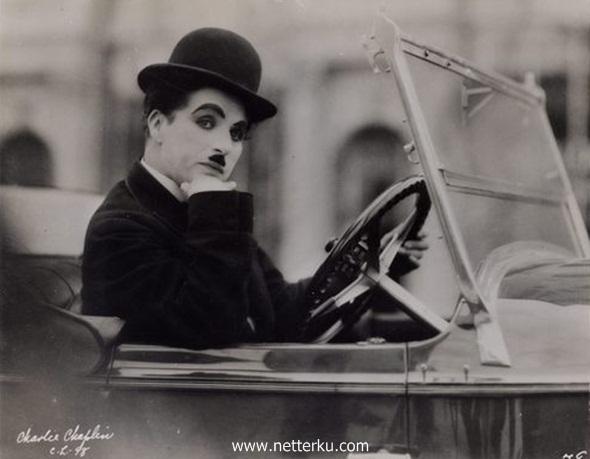 Kata Bijak Charlie Chaplin - Netterku.com