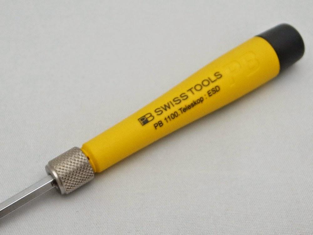 PB1100.ESD差替ブレード用ESDグリップの黄色いカラーは好き嫌いが分かれそうなカラーですね。