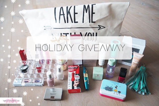 http://www.sweetmignonette.com/2016/12/giveaway-concours-100k-holiday-christmas.html
