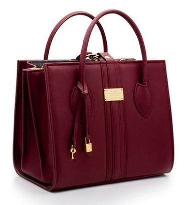 Meghan Markle Gets Her First Royal Birthday Gift & It's A Bag From Alexandra K - Image ~ Naijabang