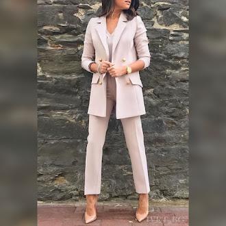 Γυναικείο ροζ κοστούμι AELLA PUDRA