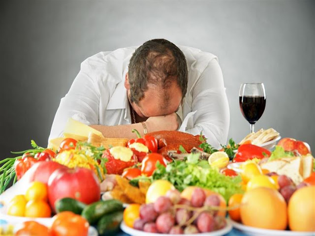 هل هناك رابط بين تناول الطعام والمزاج؟