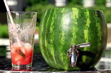 Das Wassermelonen Fass im Eigenbau | Der Atomlabor Hitzetipp für die nächste Gartenparty