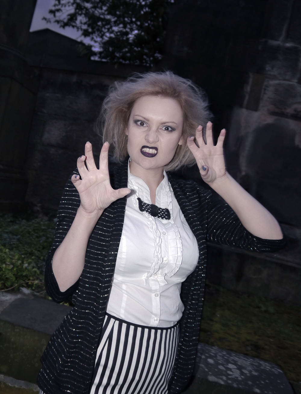 wearable halloween outfit, Beetlejuice girl costume, monochrome ghost costume, easy halloween costume, unlikely horror style icon, blogger halloween, St John's cemetery Edinburgh, creepy Edinburgh ghost, monochrome outfit, bowtie necklace, vintage halloween style