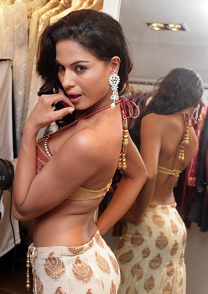 Photo Sexy Artist Hot Pakistani Actress Veena Malik-5106