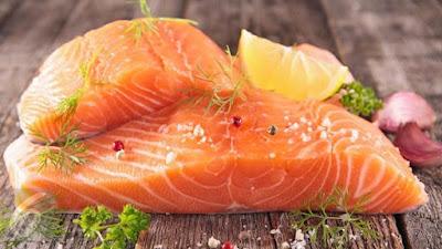 manfaat ikan salmon bagi rambut