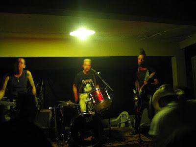 O Psychobilly da banda Frenetic Trio de Londrina