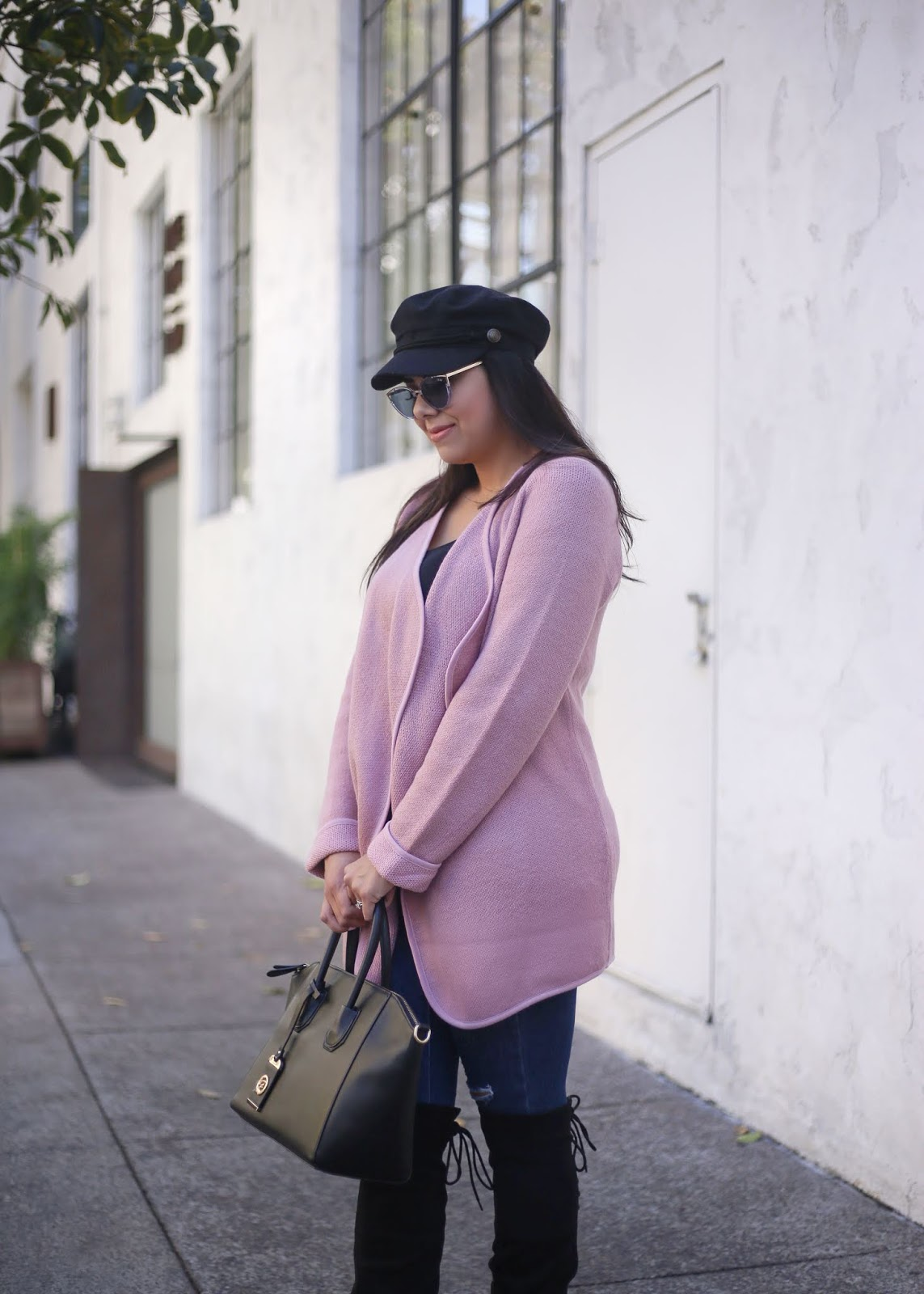 how to wear the baker boy hat, baker boy hat trend, quay sunglasses blogger