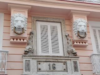 balcones de Cadiz del rectorado de Cadiz