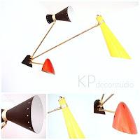 Apliques de pared mid century, comprar lámpara de pared años 50 con tripantalla de color amarilla, roja y negra