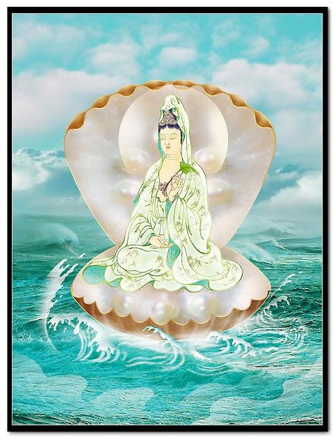 [Giải đáp] -  Mơ thấy tượng Phật Quan Âm ngồi trên tòa sen trước hồ nước