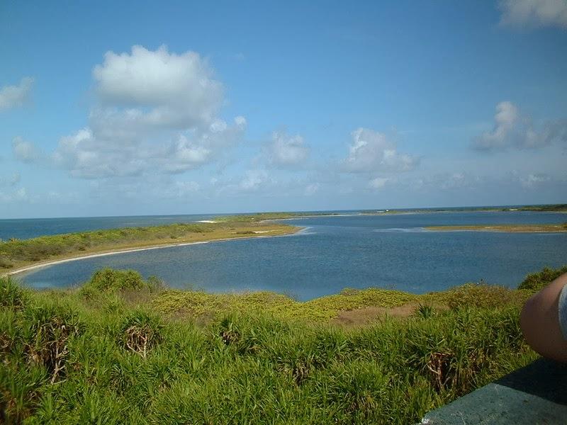 卡里古拉拱門: 海上明珠-東沙島礁