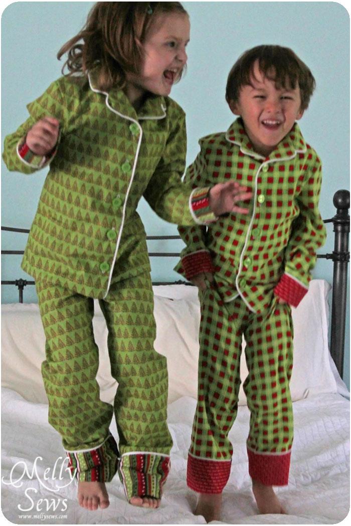Holiday Pajamas - Melly Sews