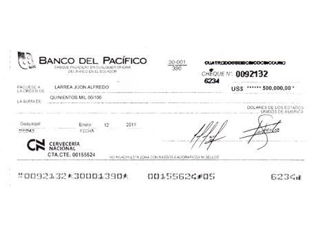 cheque de Cervecería Nacional de 500 mil dólares