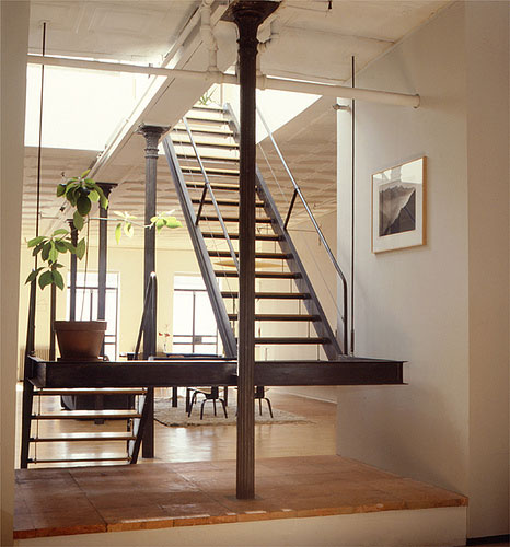 21 Staircase Decorating Ideas: INTERIOR DESIGN: August 2011