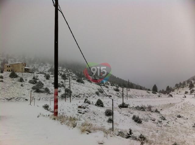Δείτε σε βίντεο τη σημερινή χιονόπτωση στο Μαίναλο
