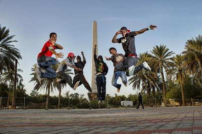L'appel à la danse |  Danseurs à Dakar (photo : Calo yeleen vision)