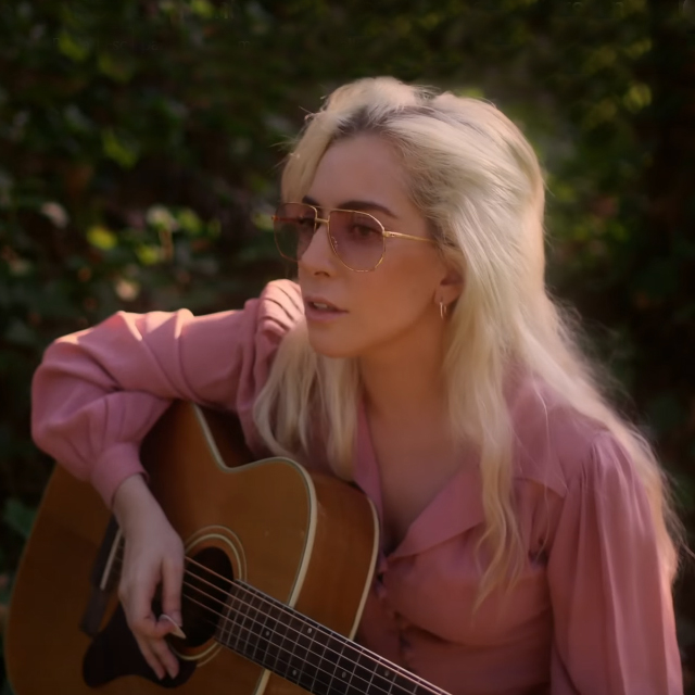 Song & Video Premiere: Lady Gaga - Joanne (Piano Version)