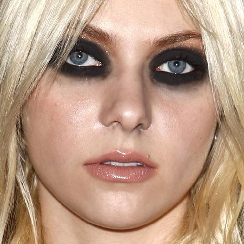 maquiagem para fotos olho borrado