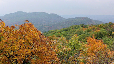 Mt Tom Range as seen from the Mt Holyoke Summit in Autumn
