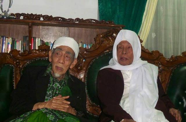 [Mbah Maimoen Zubair] Zaman Fitnah, Arah Kiblat Masjid dianggap Salah
