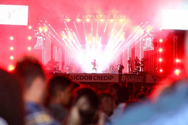 Wesley Safadão marcou a noite de abertura da 20ª Expoac