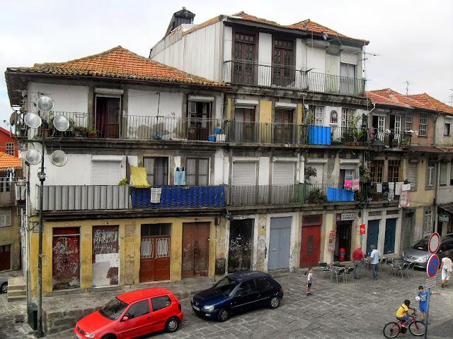casas típicas de oporto