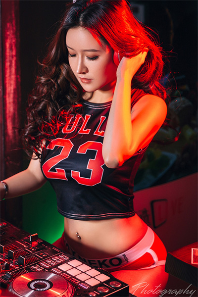[TouTiao头条女神] 2019.04.22 JennyR 辣姐DJ