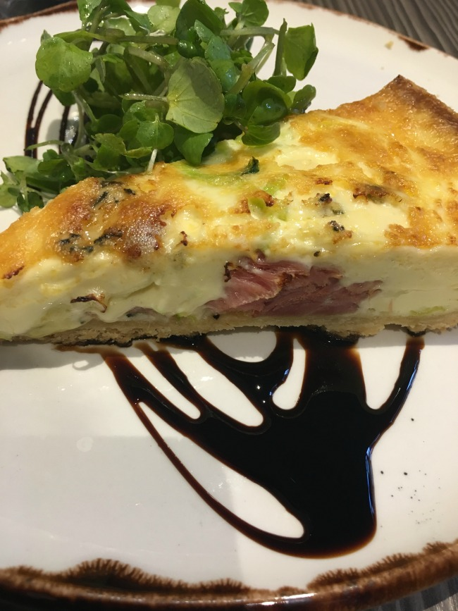 Jolyons-Number-10-Cathedral-road-cardiff-pre-theatre-supper-review-quiche