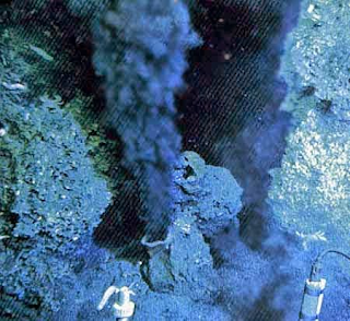 Chaminés hidrotermais