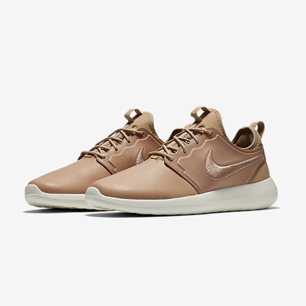 26f433b391e6 The all new Roshe Two Leather brings premium comfort to the fore. The  design is crafted with a premium leather upper