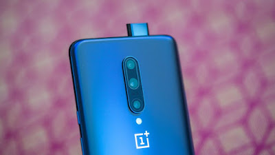 OnePlus 7 Pro with 6.67 2K Display & 16MP Pop-up Selfie Camera