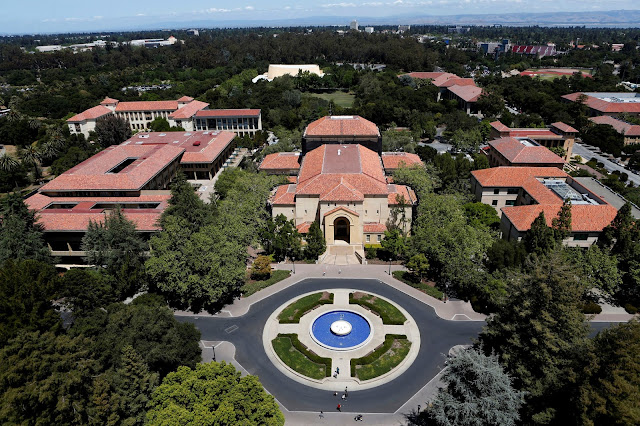Stanford University's campus is seen from atop Hoover Tower in Stanford, California, U.S. May 9, 2014. REUTERS/Beck Diefenbach/File Photo