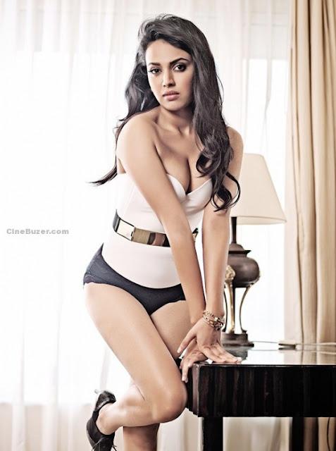 Swara Bhaskar Hot bikini photos
