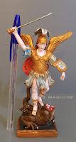 statuetta sacra dimensione piccola personaggio religioso orme magiche