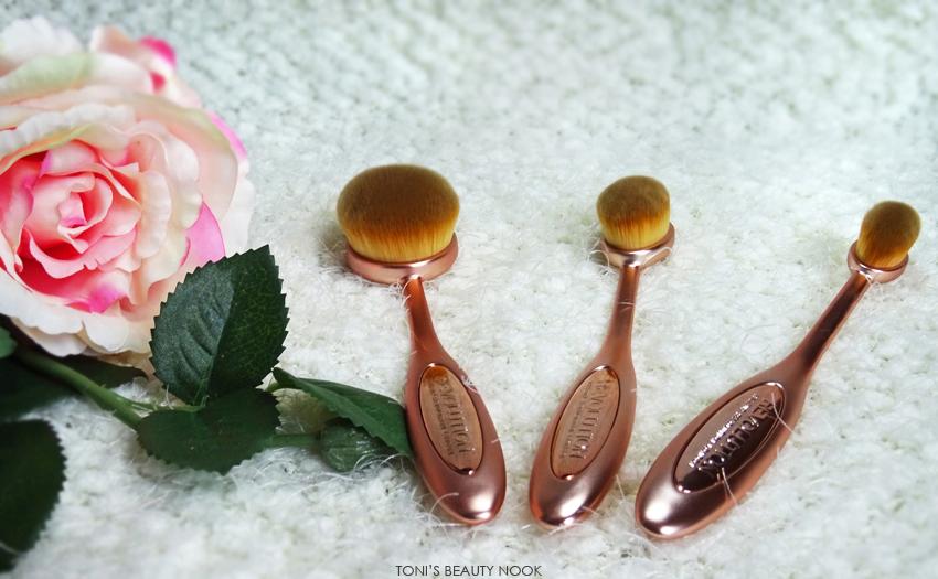 makeup revolution contour set brushes