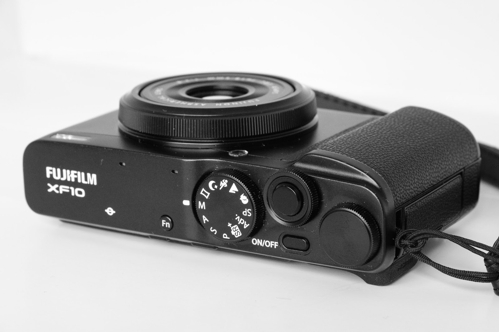 Björn Moerman PHOTOGRAPHY: FIRST LOOK REVIEW FUJIFILM XF10