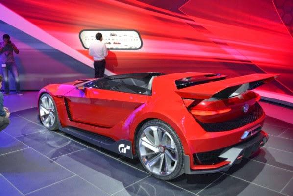 O carro Golf do jogo Gran Turismo 6 do Sony Playstation vira realidade