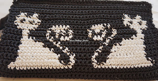 free crochet wallet pattern, free crochet kitty cat wallet pattern, free crochet kitten clutch purse pattern