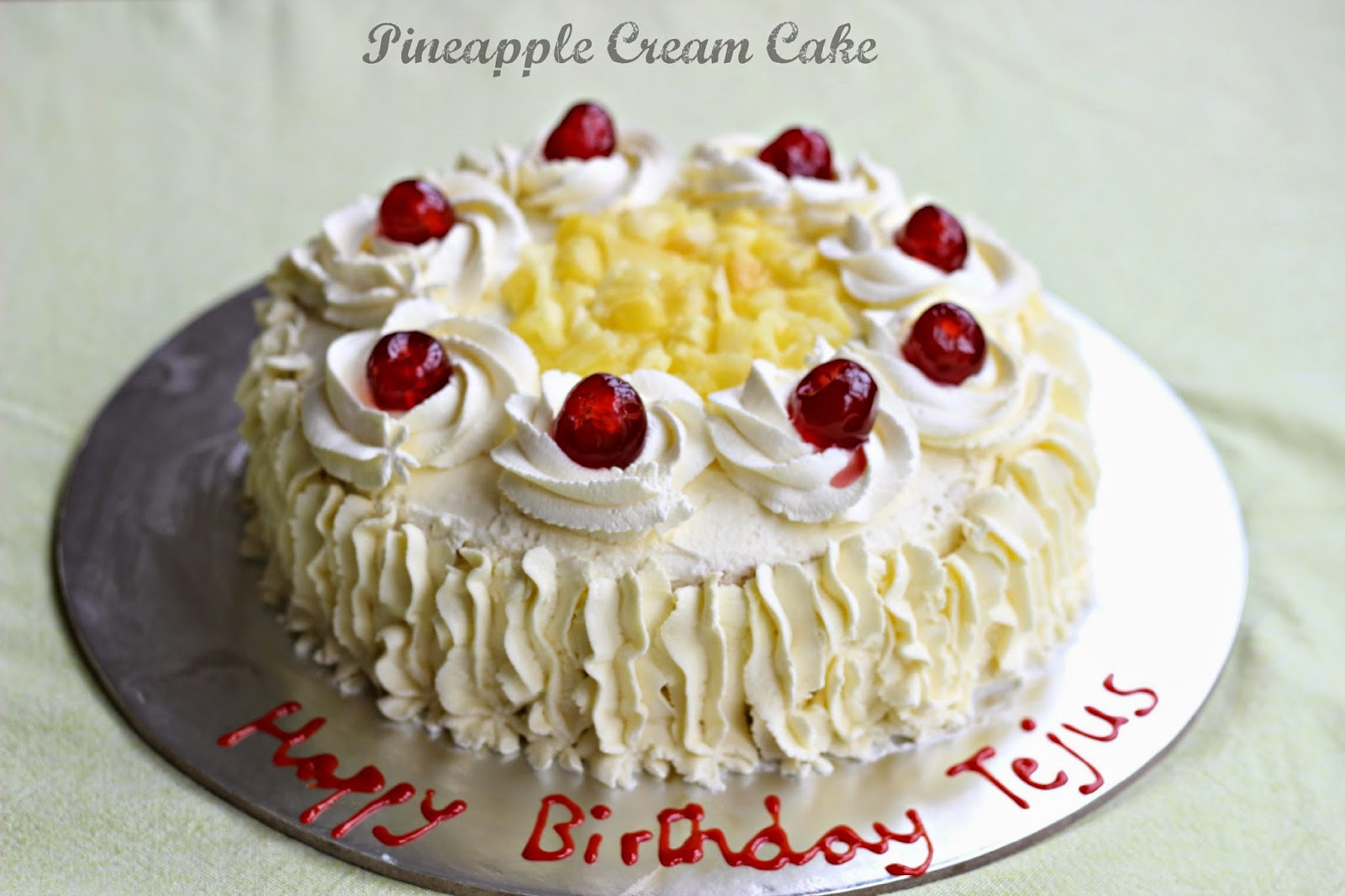 Ruchi Pineapple Cream Cake