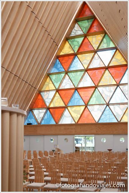 Recorrido por Christchurch. catedral de cartón