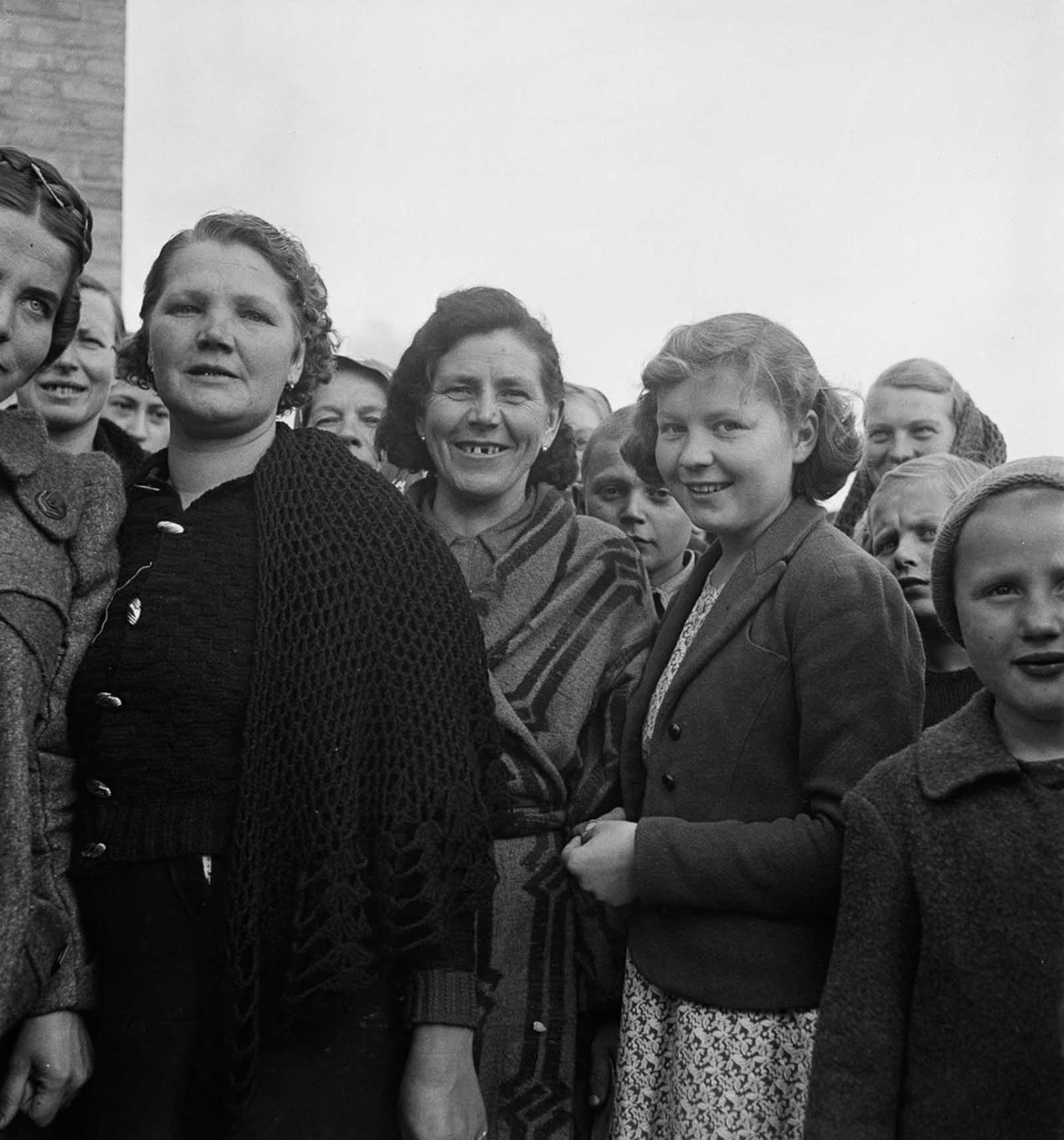 Refugees from Poland on the outskirts of Tehran.
