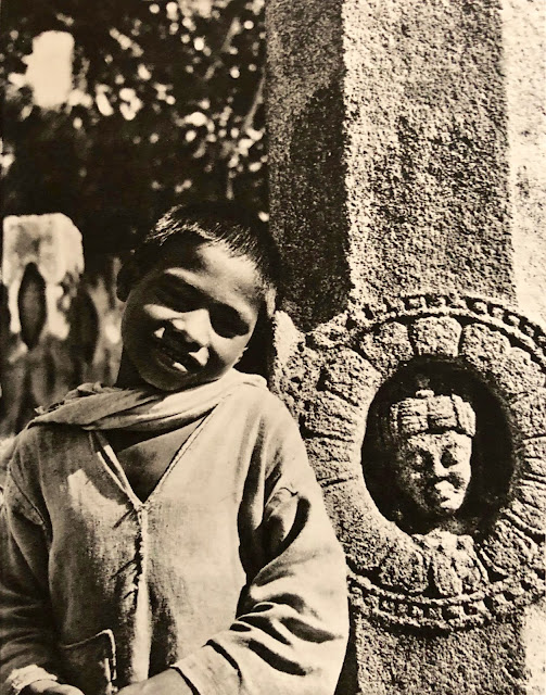 Dieux et Brahmanes de l'Inde by Louis Frédéric, Livre de Paris, 1961